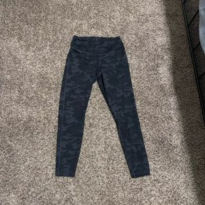 DANSKIN LEGGINGS MEDIUM